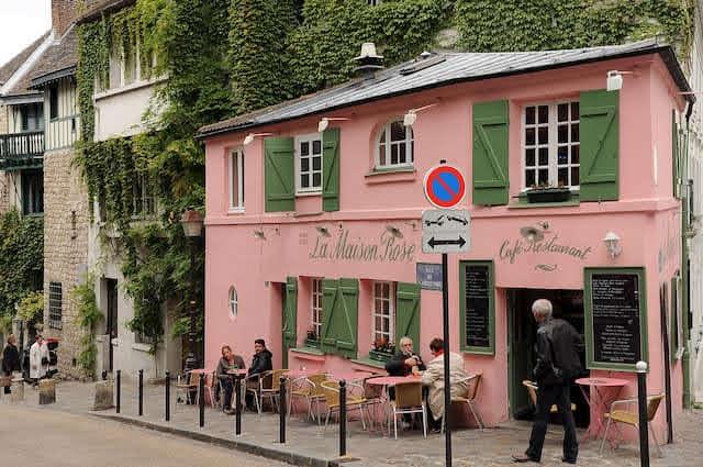 エミリー、パリへ行く ミンディと乾杯 / La Maison Rose