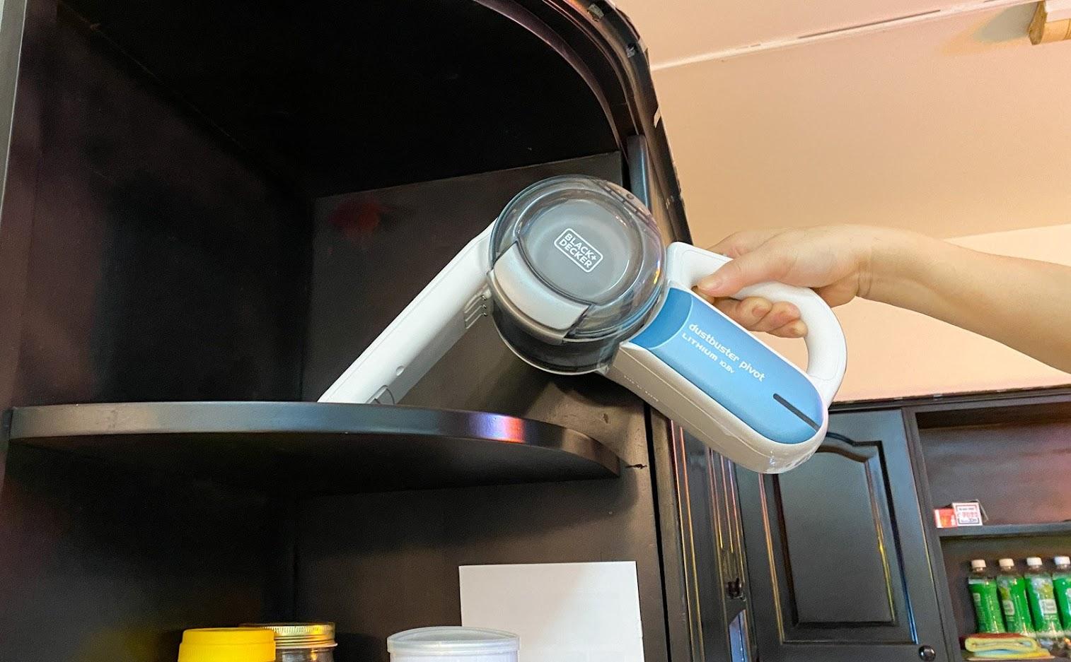 Đánh giá máy hút bụi cầm tay Black+Decker Dust Buster Pivot PV1020