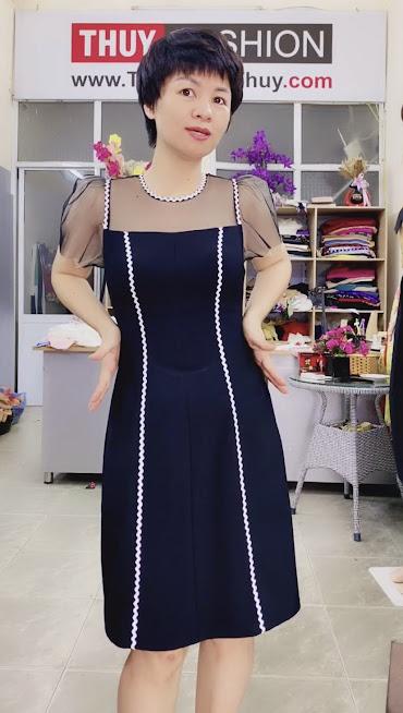 Làm eo thon và che bụng với váy xòe chữ A thời trang thủy 6