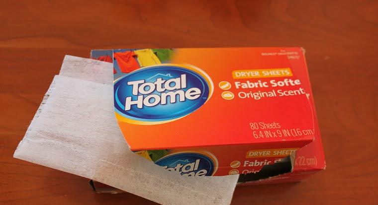 sử dụng giấy thơm vào mỗi lần sấy