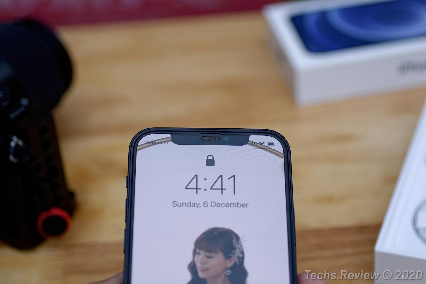 iPhone 12 chính hãng VNA giá từ 17 triệu
