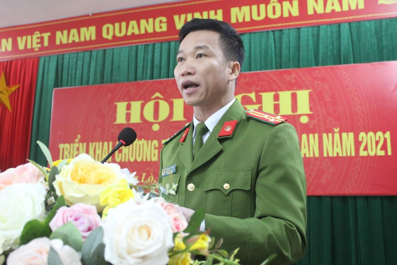 Đồng chí Thượng tá Trần Đức Thân, Trưởng Công an TX Cửa Lò phát biểu tại Hội nghị