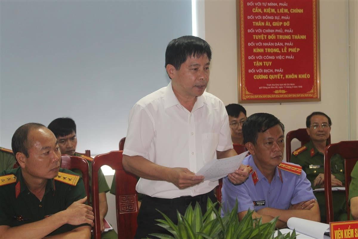 Đại diện Lãnh đạo Viện kiểm sát, Tòa án phát biểu tại buổi làm việc