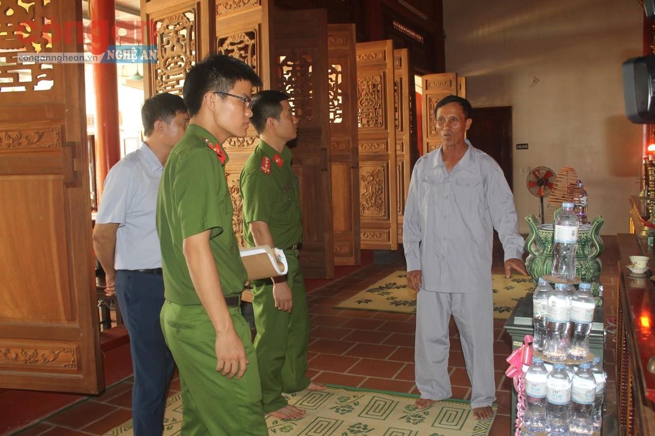 Lực lượng Công an làm việc với chùa Đông Yên, xã Quỳnh Thuận, huyện Quỳnh Lưu