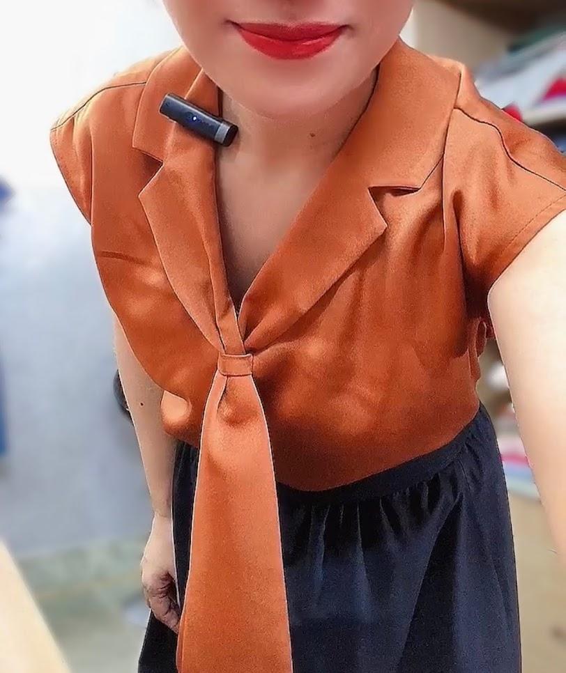 áo bám vai và phối đồ 2 kiểu váy xòe midi v763 thời trang hải phòng 3