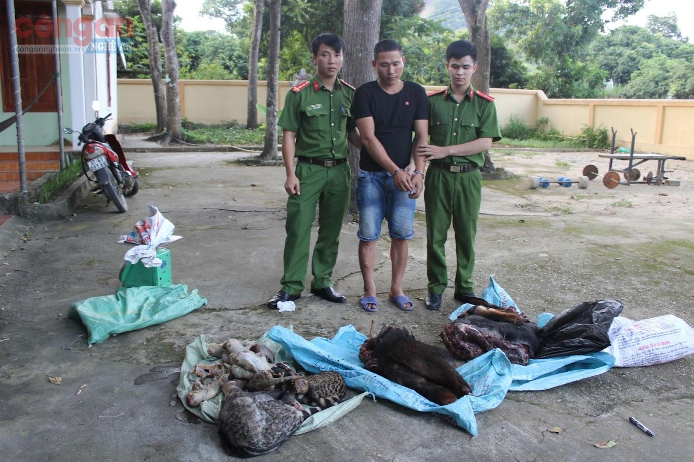 Phòng Cảnh sát Môi trường phối hợp với lực lượng chức năng bắt giữ  đối tượng (X) về hành vi mua bán, vận chuyển động vật hoang dã trái phép