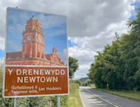 New signs welcome visitors to Newtown