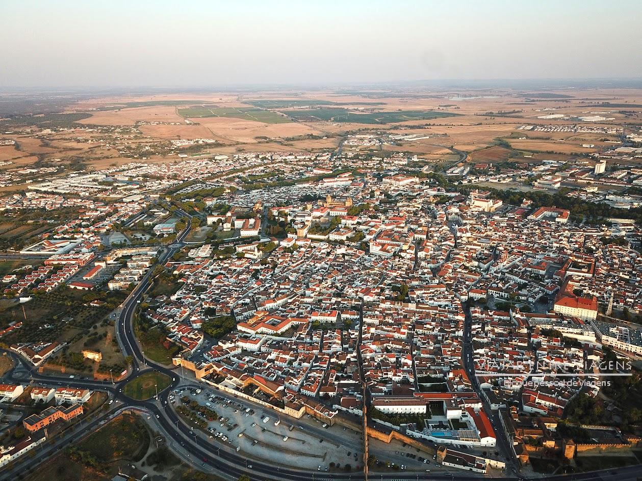 Vista aérea de Évora - VISITAR ÉVORA, o que ver e fazer na cidade-museu, Património Mundial da UNESCO