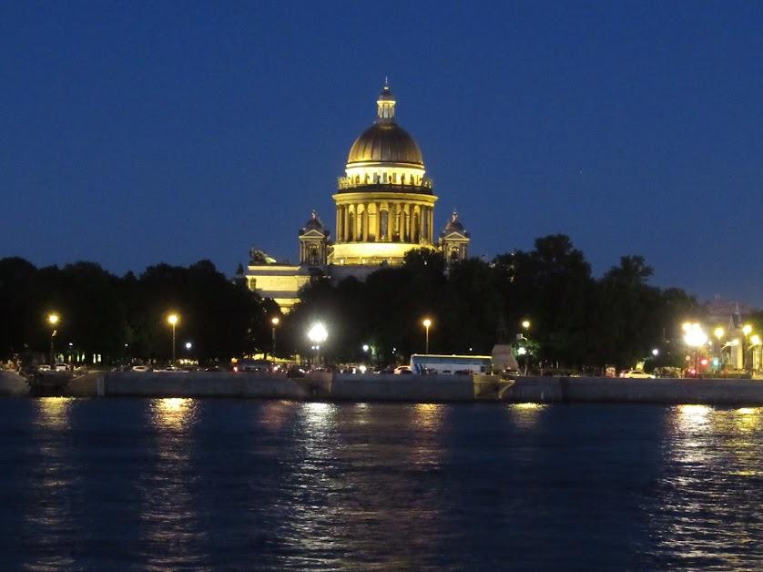 15. Санкт-Петербург. 21 июня. 01:05. Исаакиевский собор.