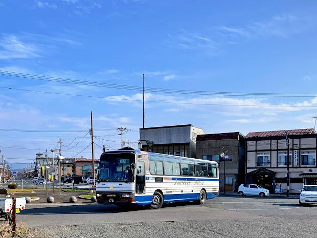 花巻空港駅 特急バス到着イメージ