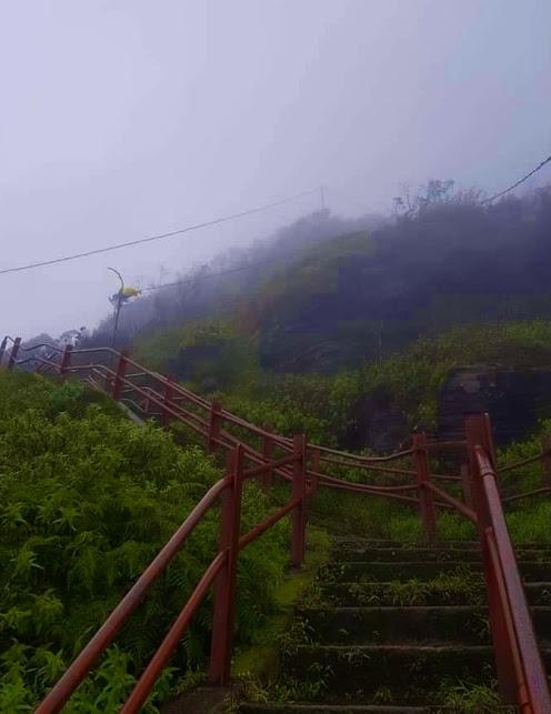 Sri Pada / Adam's Peak