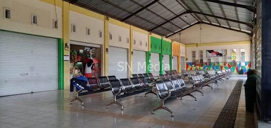 Kios Pedagang Terminal Kertonegoro Ngawi Masih Tutup