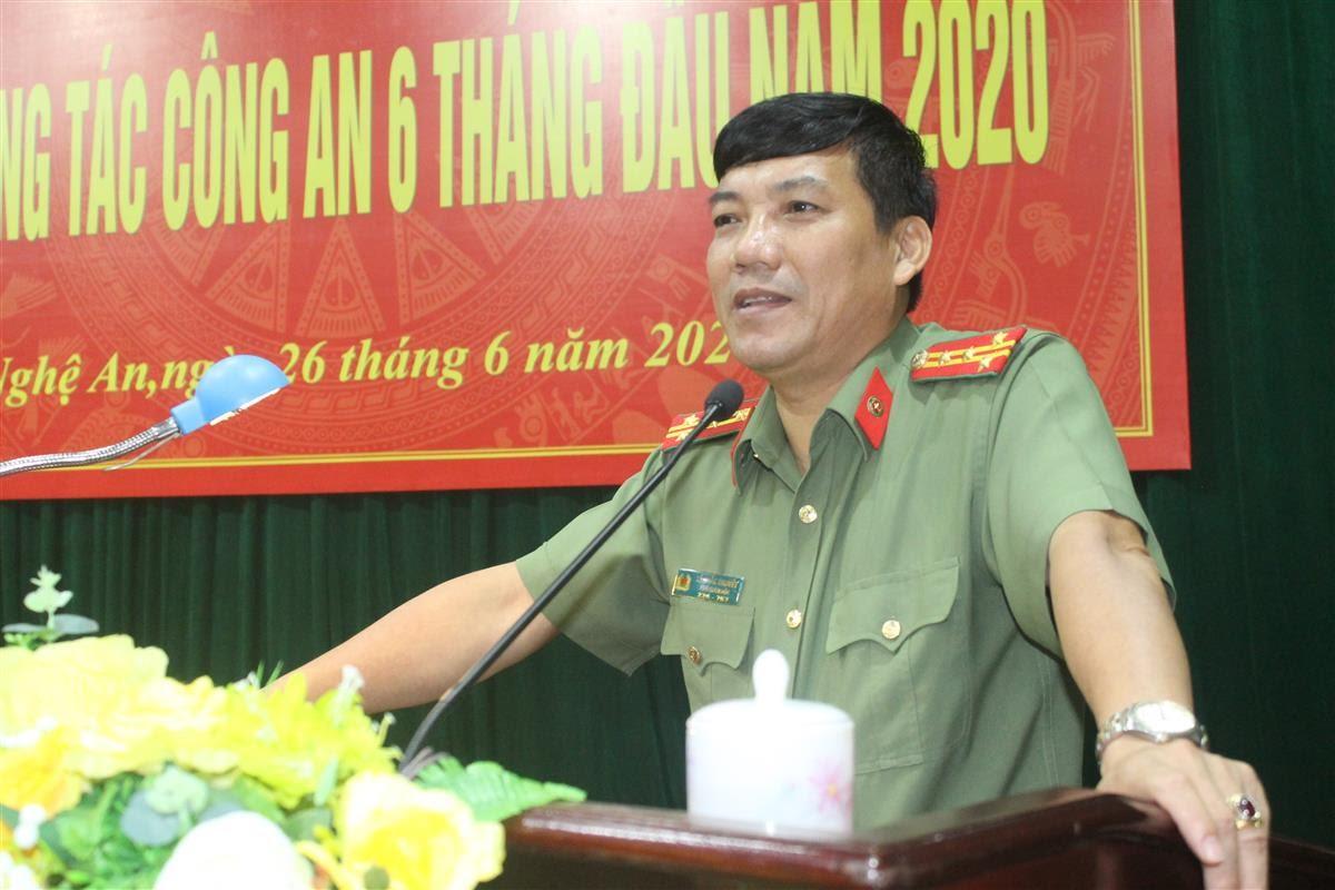 Đại tá Lê Khắc Thuyết, Phó Giám đốc Công an tỉnh phát biểu chỉ đạo tại hội nghị