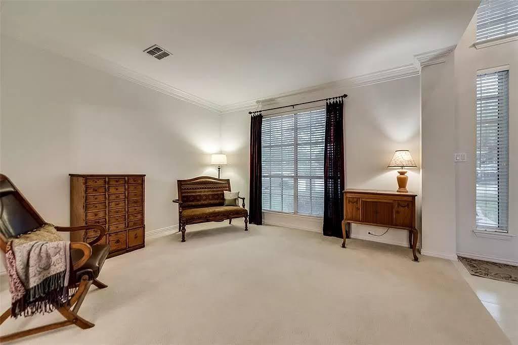 formal living room - before