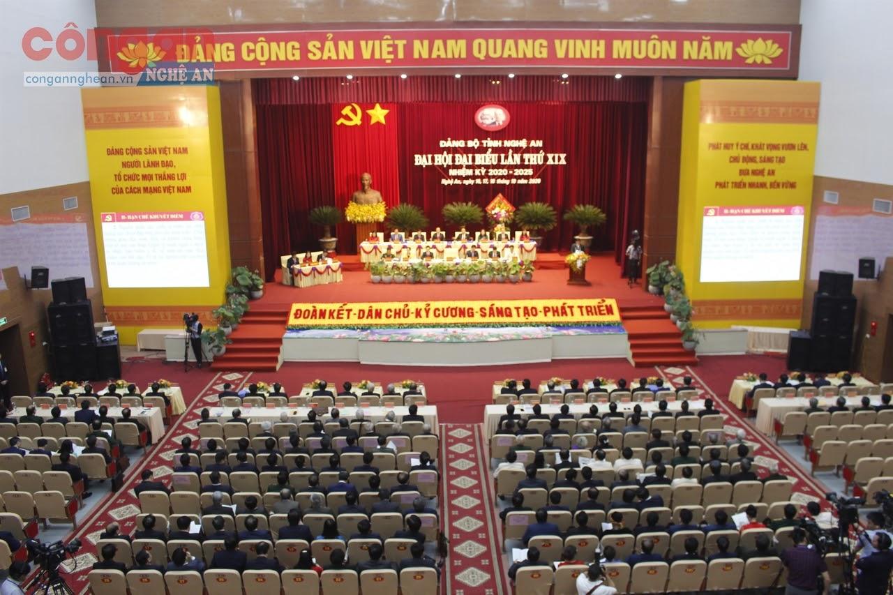 Đại hội đại biểu Đảng bộ tỉnh Nghệ An lần thứ XIX nhiệm kỳ 2020 - 2025  đã đề ra những nhiệm vụ, giải pháp trọng tâm cần tập trung thực hiện trong thời gian tới