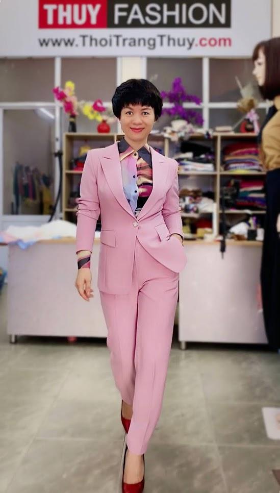 Bộ áo vest nữ mix quần baggy ông côn màu hồng V728 thời trang thủy hải phòng