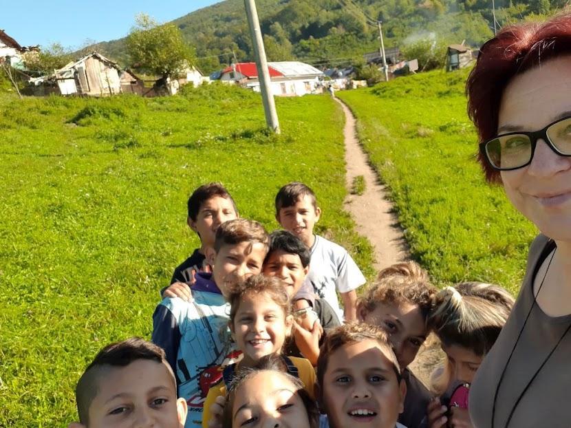 Monika Podolinská so žiakmi