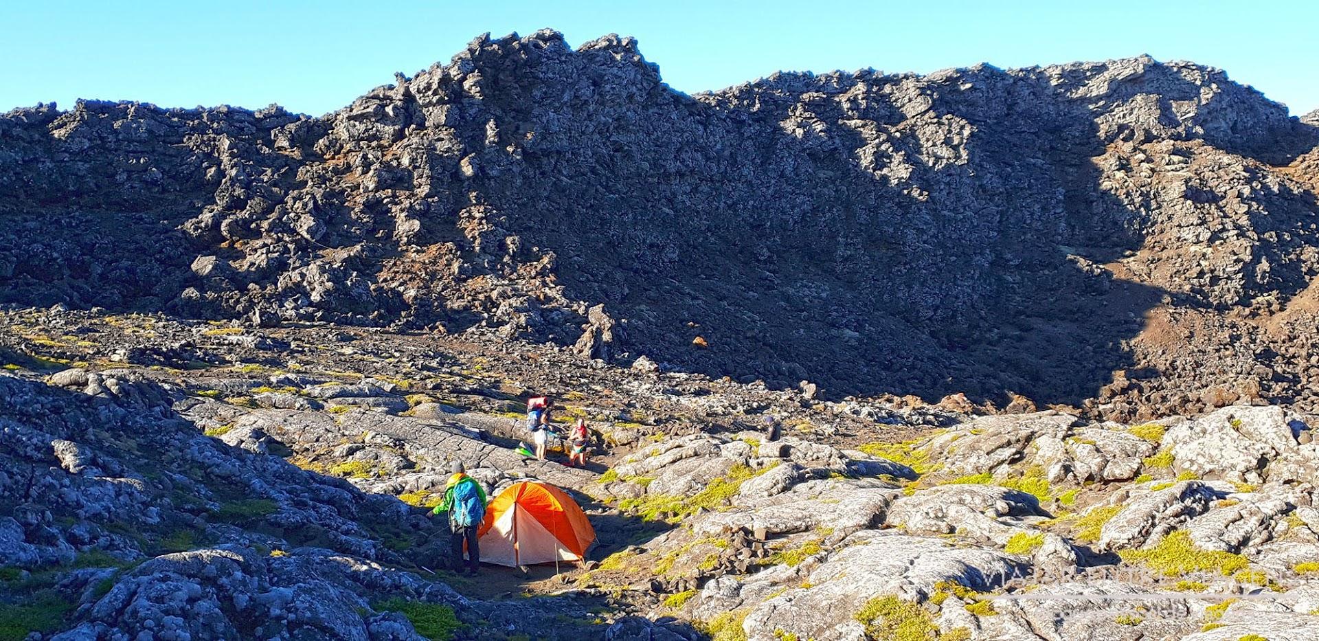 SUBIR A MONTANHA DO PICO nos Açores | Tudo o que precisa de saber para subir o Piquinho, o ponto mais alto de Portugal (num dia ou com pernoita)
