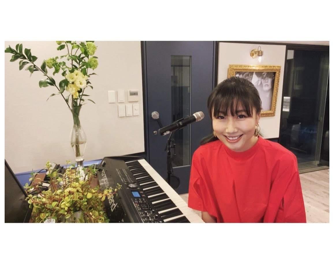 大塚愛 出演Music Station 自彈自唱〈I ♥ ×××〉獻樂迷