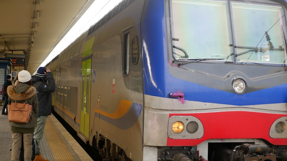 ピサ行きの電車