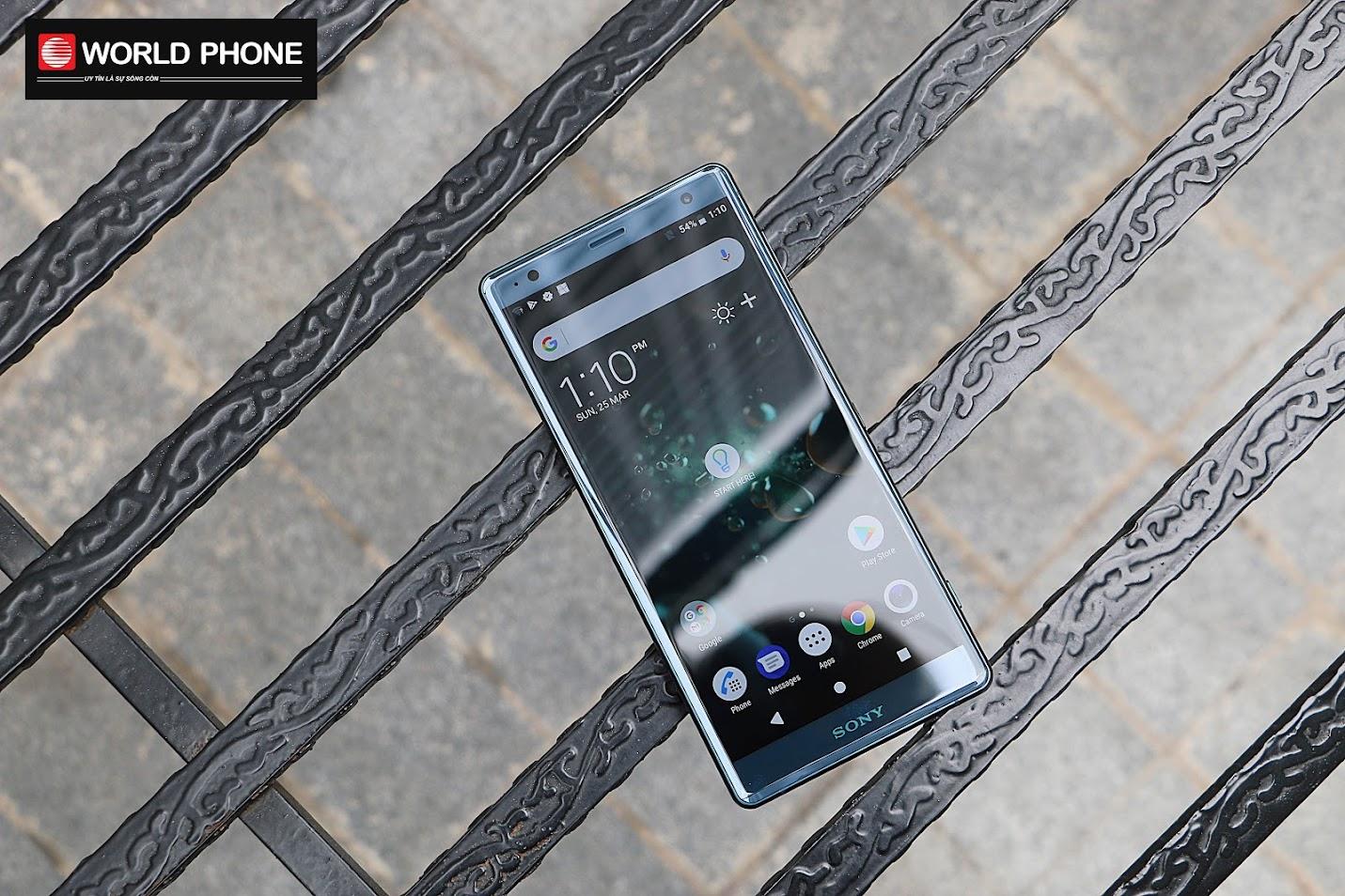 Sony Xperia Z2 được trang bị màn hình IPS LCD 5.7 inch độ phân giải Full HD+, tỷ lệ 18:9 và hỗ trợ HDR