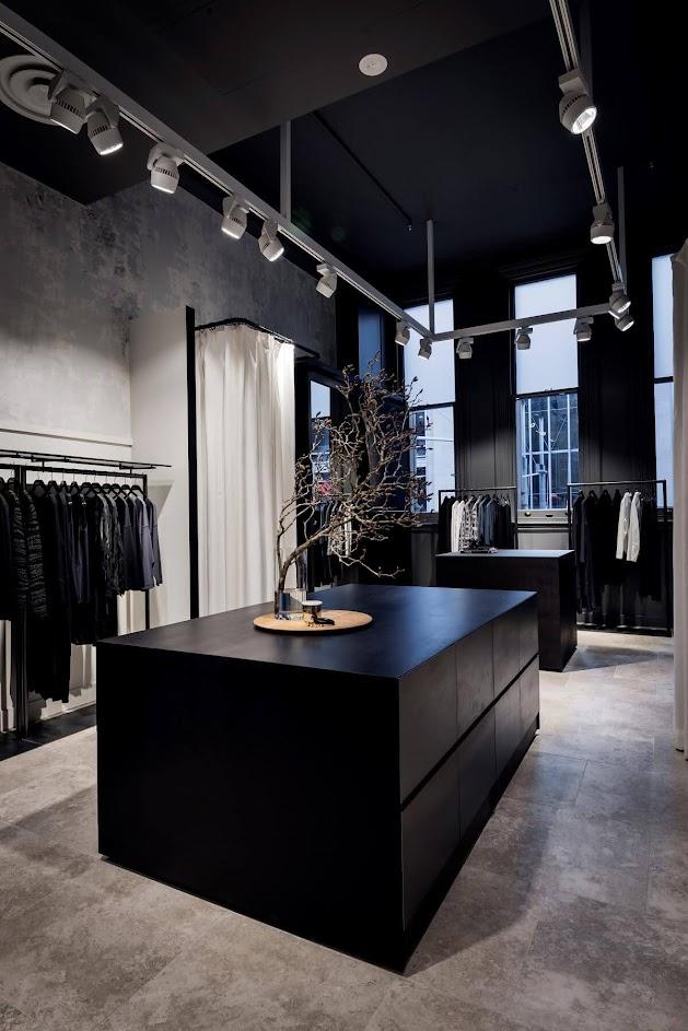 thiết kế shop quần áo 38m2