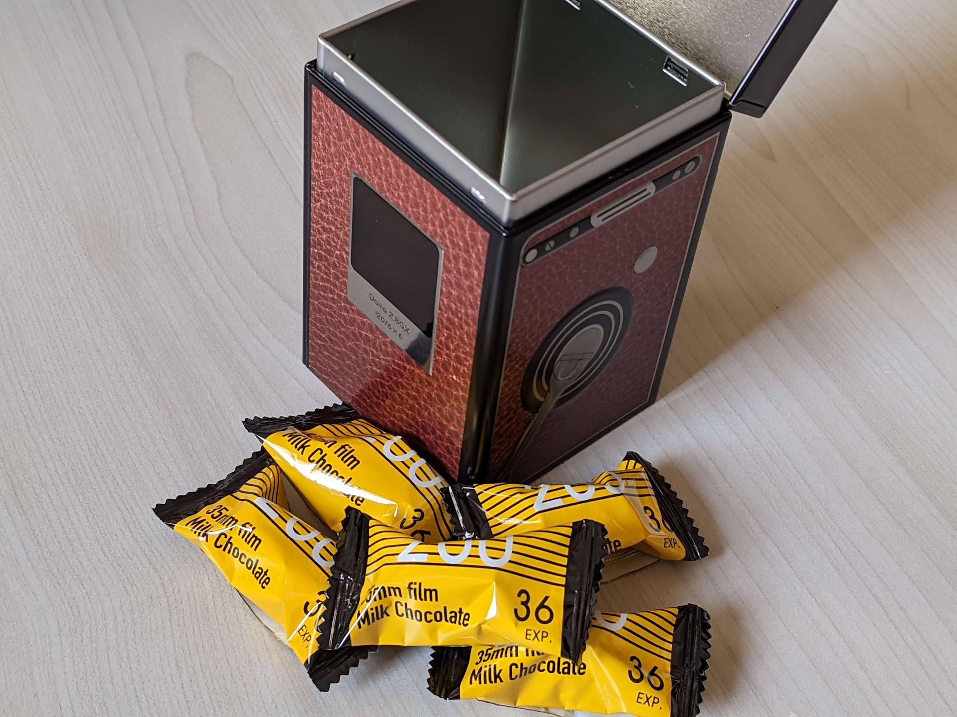 カルディ レフレックスカメラ缶チョコレート