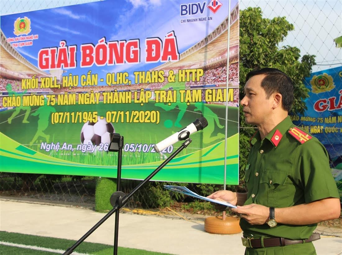 Thượng tá Đinh Trọng Dung – Giám thị Trại Tạm giam phát biểu khai mạc