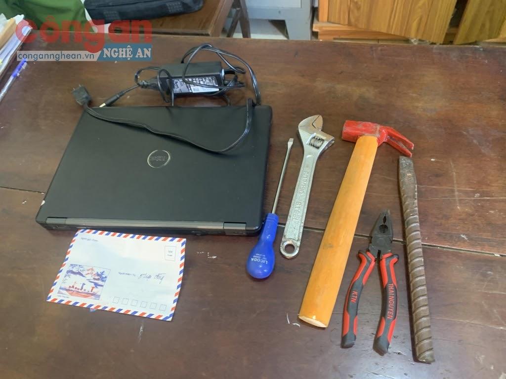 Dụng cụ đối tượng sử dụng để trộm cắp tài sản