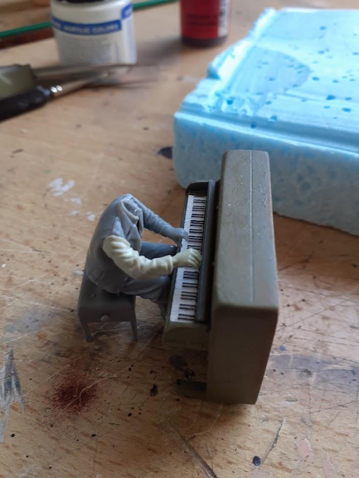 Piano Set Miniart ACtC-3dWENa5AnZw6U-LSini1qtT_2KG_PYCuhgkQ0SK6Z0EJlIqrIKpLKVfNMJlhcILEuZCM3uBiPBXmm1WbOE76u-vmTAFFjJsobOjCH8rCITcm5-Q6a6uxxytGycDgNmsJZ42dkMouvF9Lcddwj-fEcGe1Q=w704-h938-no?authuser=0