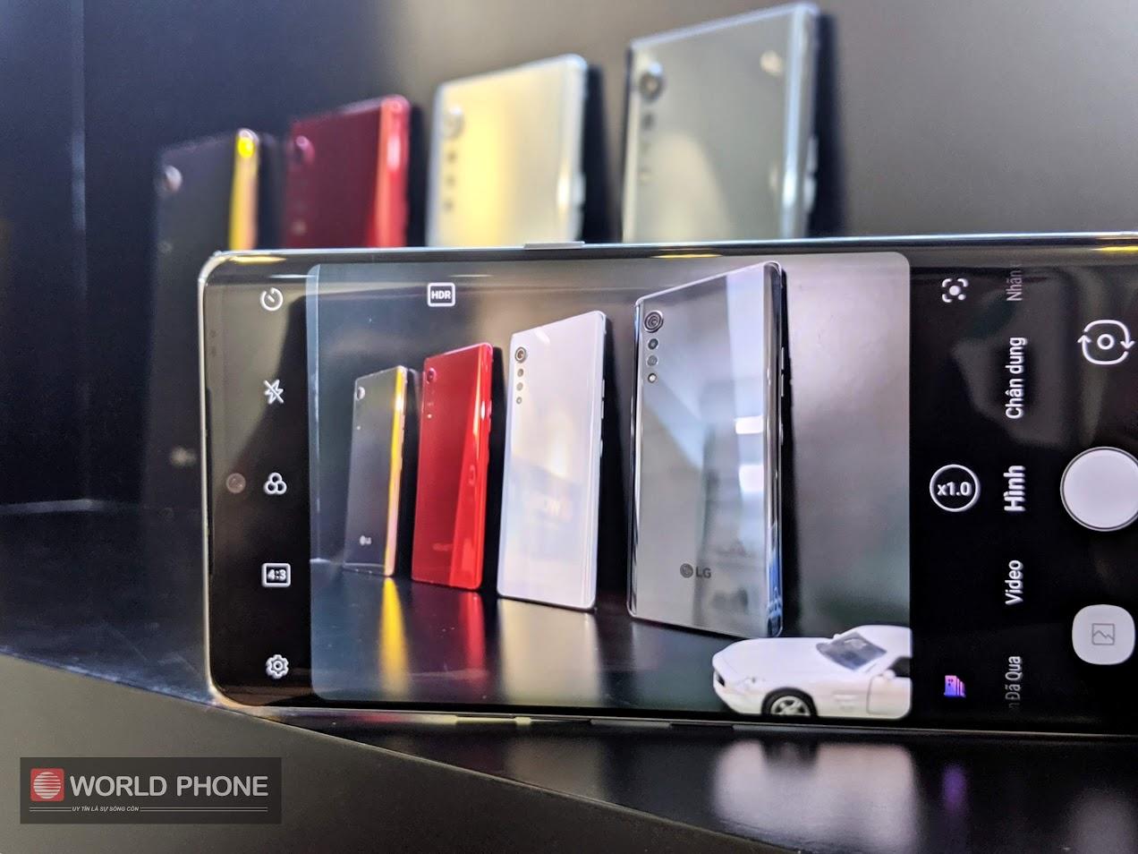 Hệ thống camera của LG Velvet bao gồm cảm biến chính 48 MP, camera góc rộng 8 MP và cảm biến độ sâu 5 MP