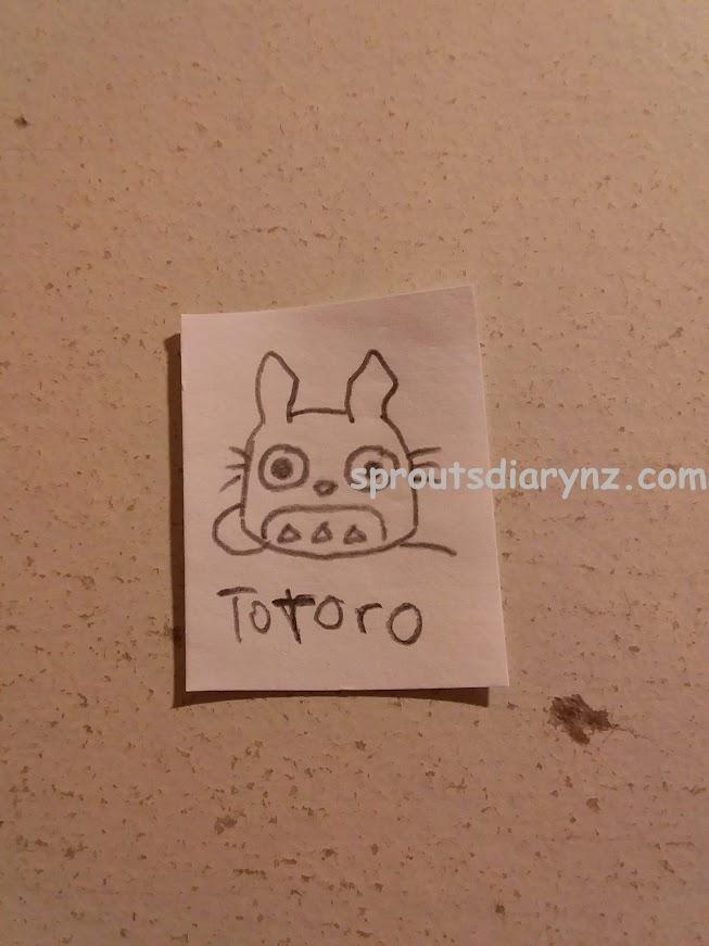 娘が描いたトトロ