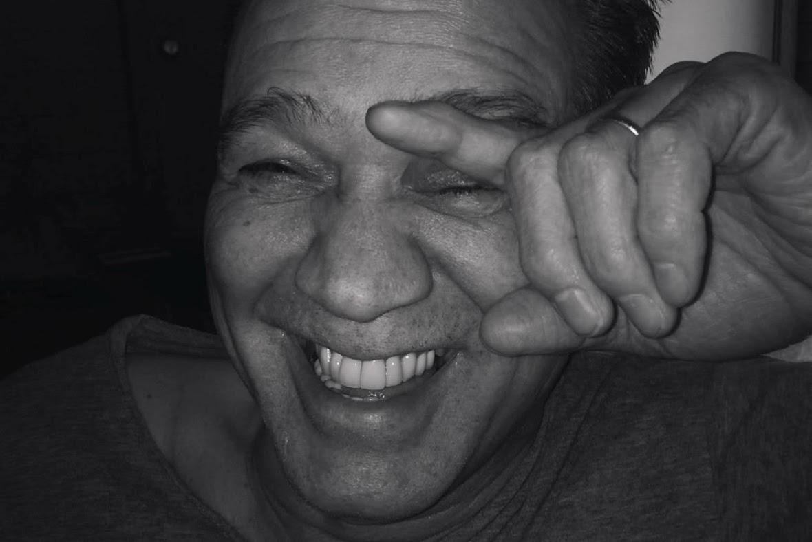 吉他英雄 Eddie Van Halen 癌症逝世 兒子「我的心好痛」