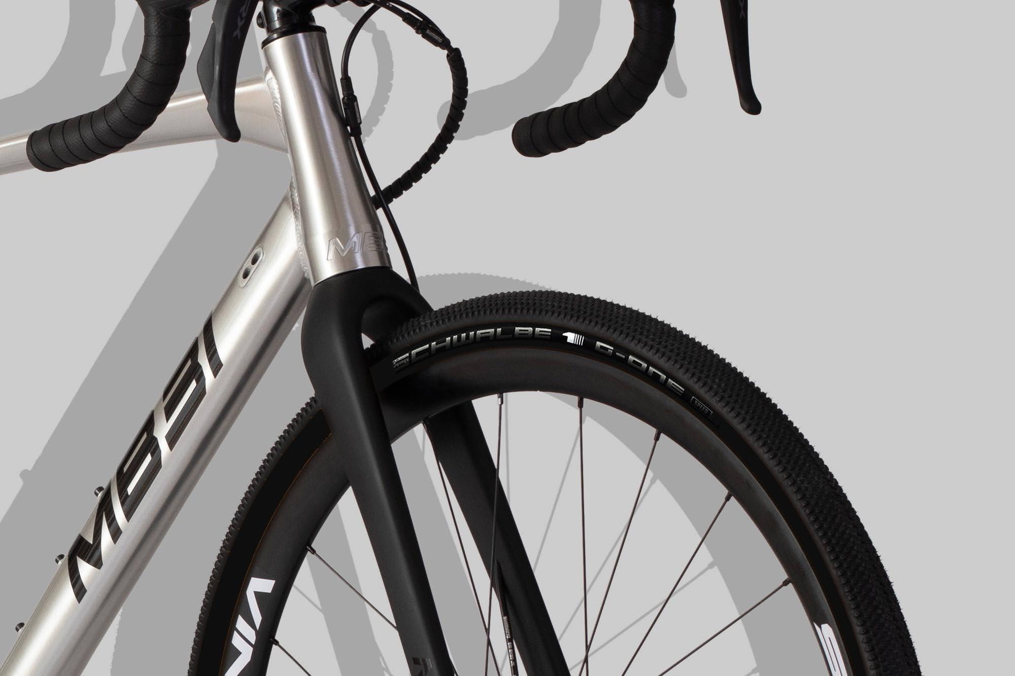 MB31 gruscykel med Schwalbe G-One Speed däck