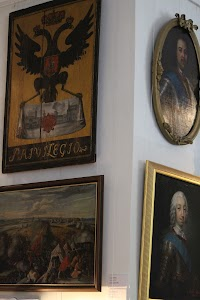 Илл. 10. Фрагмент экспозиции вестибюля. Фото: М. Сморжевских-Смирнова