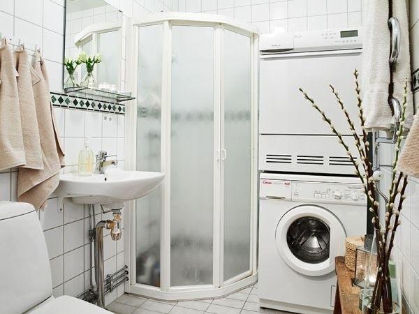 Có nên lắp đặt máy giặt trong phòng tắm?