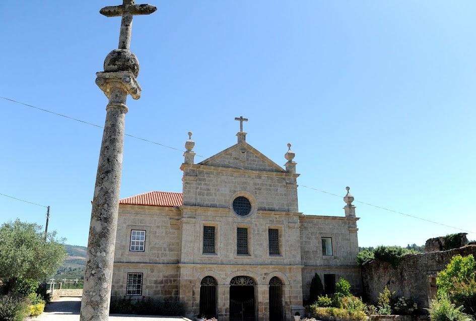 Câmara de Lamego apoia reabilitação do claustro do Convento de Ferreirim