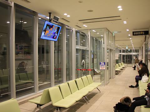 鶴岡エスモールバスターミナル_02