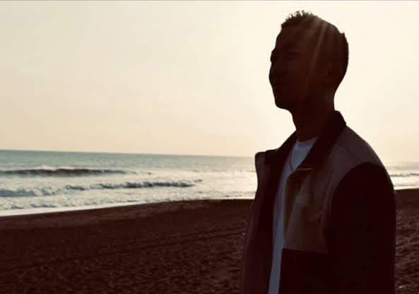一首〈香水〉引發翻唱熱潮 爆紅無名新人「 瑛人 ( Eito )」 介紹