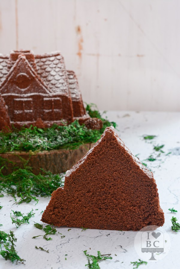 Gingerbread Chocolate Bundt Cake