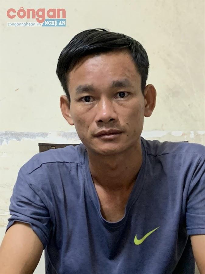 Đối tượng Nguyễn Văn Tuyên cầm đầu đường dây đánh bạc