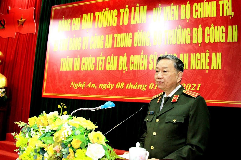 Đại tướng Tô Lâm, Bộ trưởng Bộ Công an phát biểu chỉ đạo tại buổi làm việc.