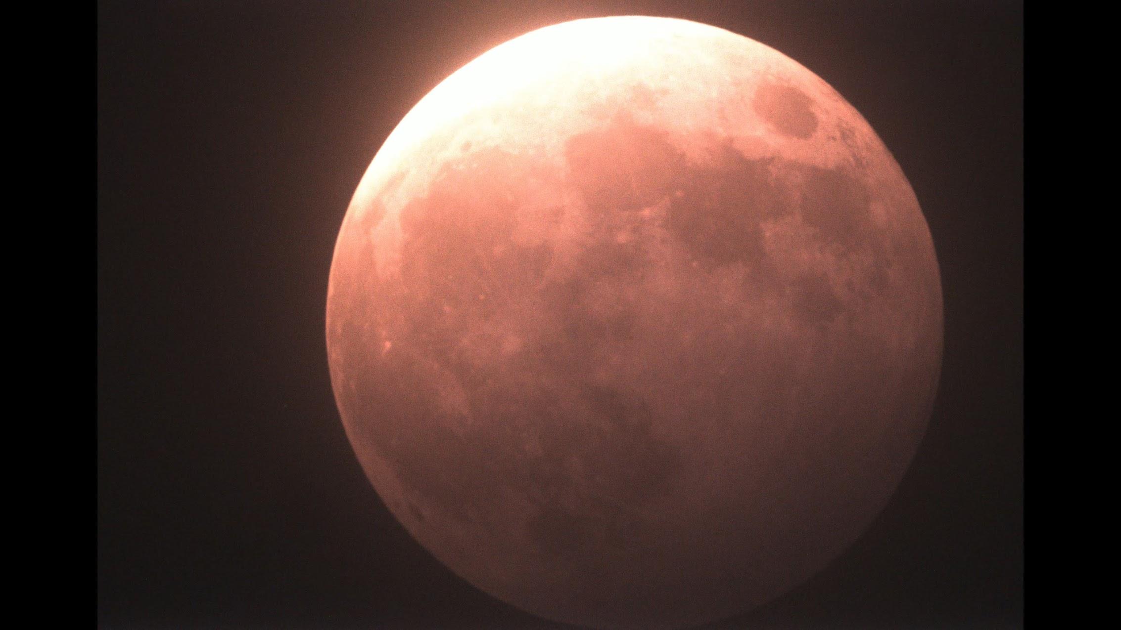 埼玉県から見えたスーパームーン皆既月食5月26日