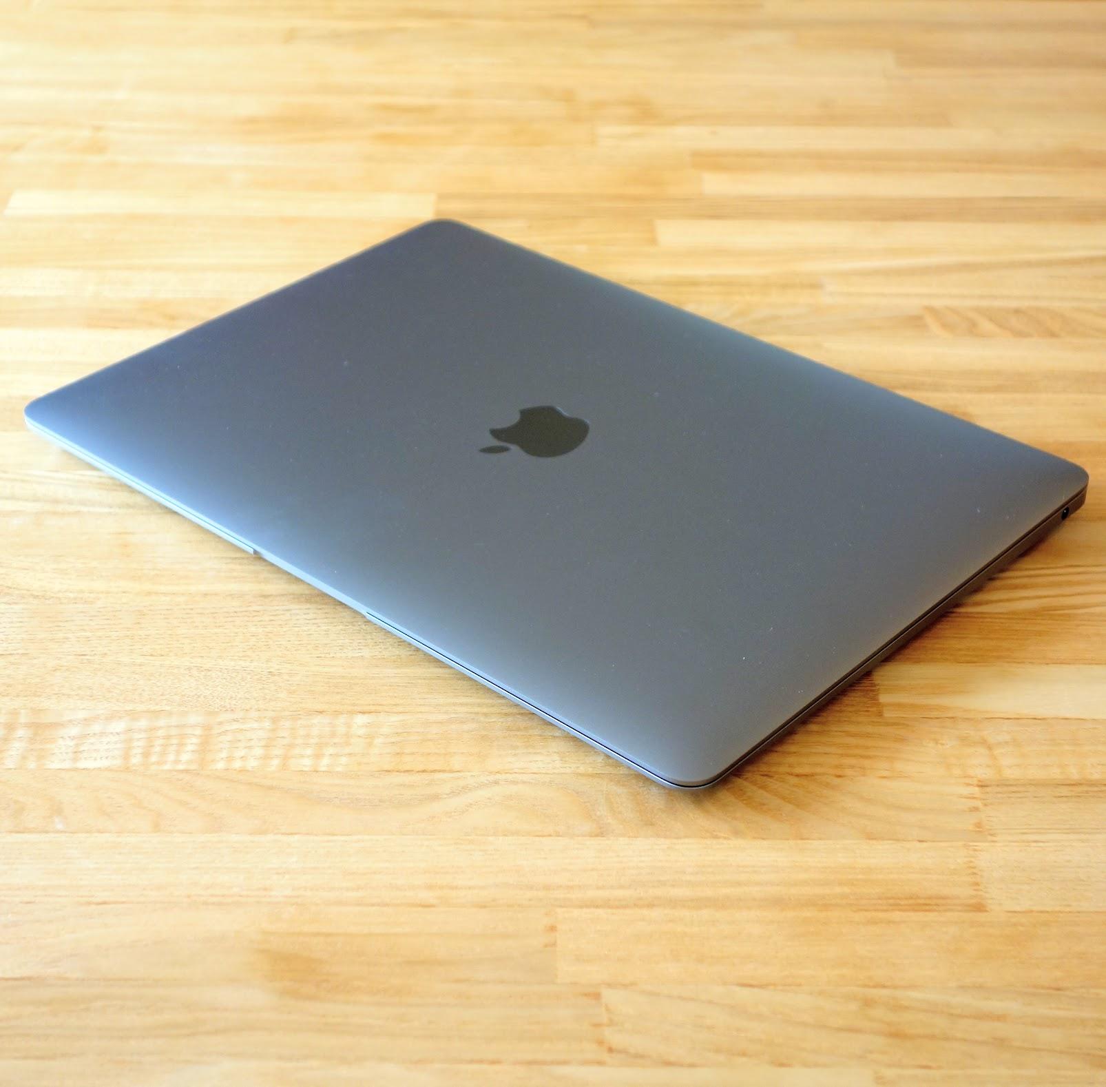 MacBook Air 2020 レビュー カラー スペースグレイ