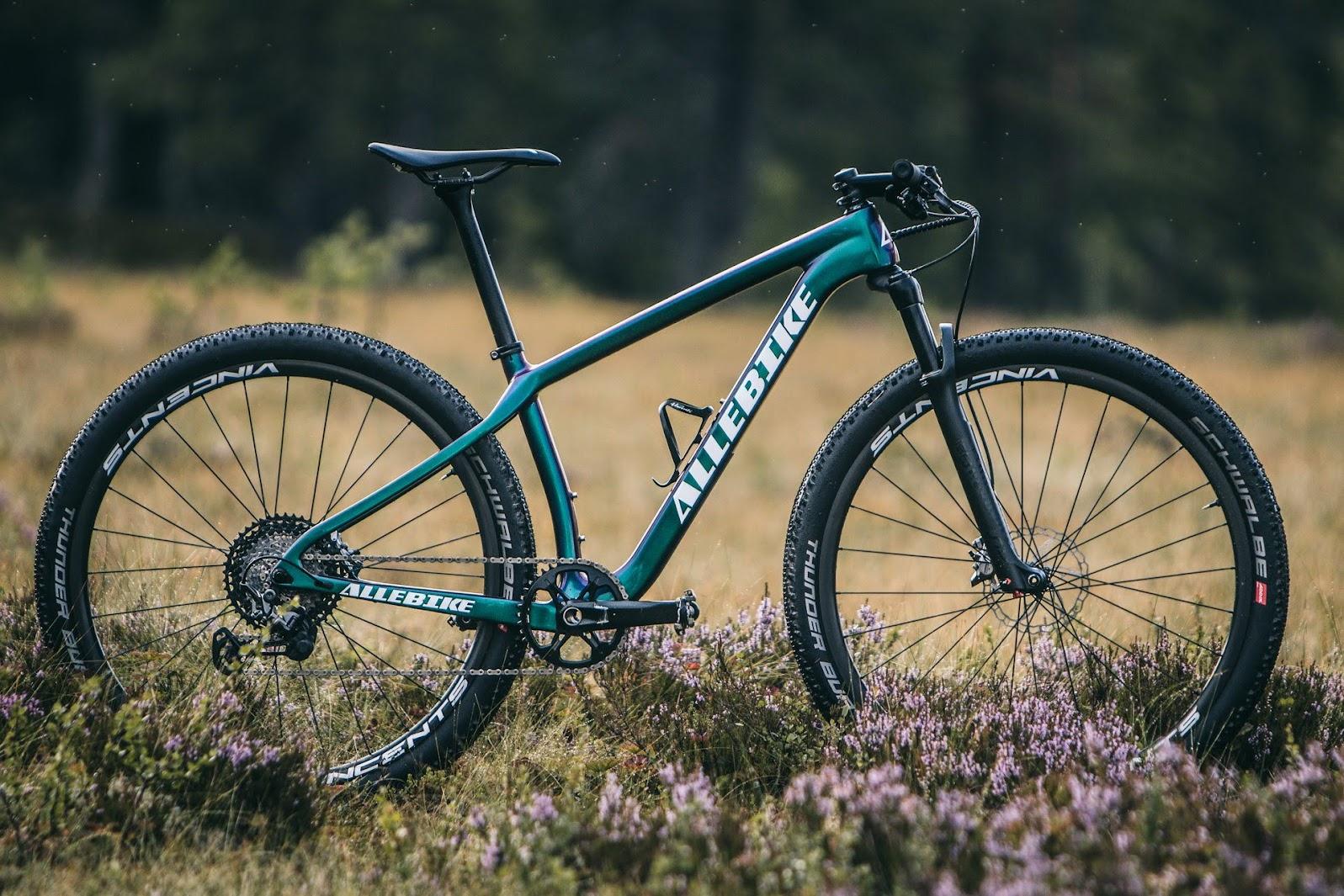Hardtail Mountainbike från Allebike för tävling och träning.