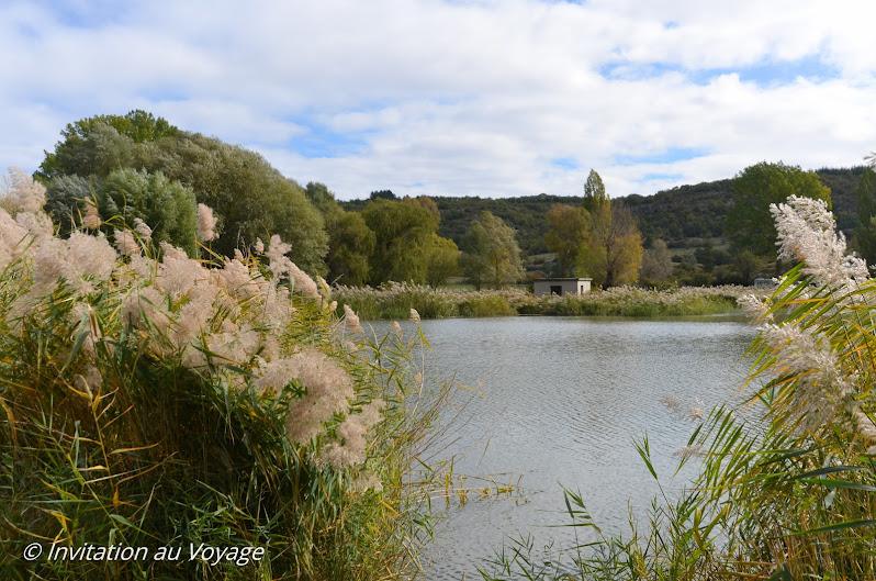 Gorges de la Nesque, plan d'eau de Monieux