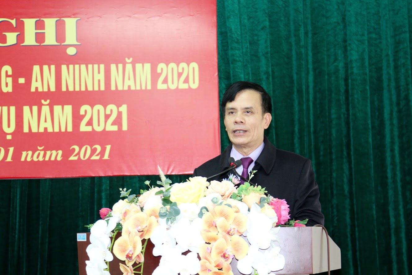 Đồng chí Trần Ngọc Tú, Chủ tịch UBND TP Vinh kết luận tại Hội nghị.