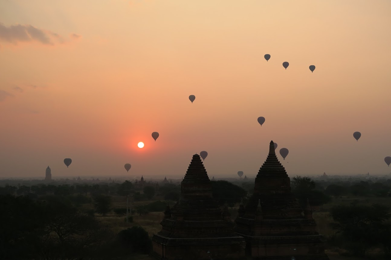 Sunrise Bagan (640x427)