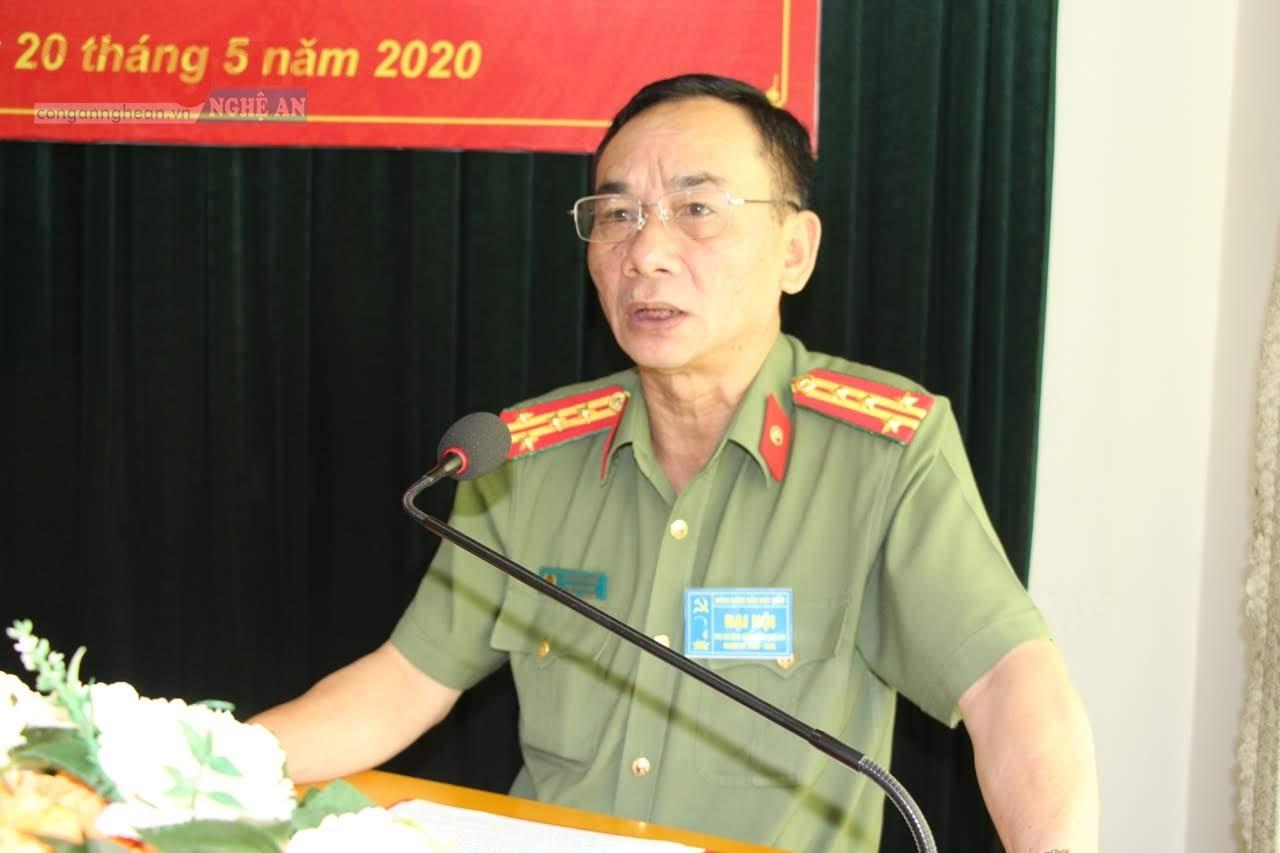 Đại tá Lê Xuân Hoài, Ủy viên Ban chấp hành Đảng bộ Công an tỉnh, Phó Giám đốc Công an tỉnh phát biểu chỉ đạo tại Đại hội