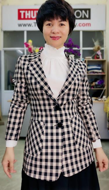 Áo vest nữ kẻ caro mix đồ quần ống vấy màu đen trắng V738 thời trang thủy cát bà